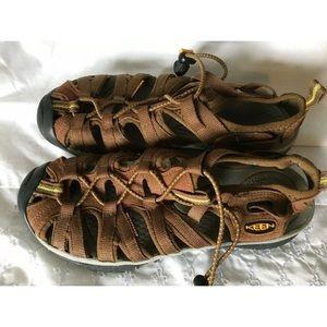 Keen Women's Brown Fisherman Hiking Sandals Size 6